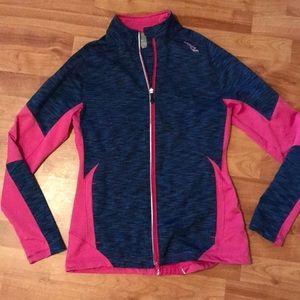 Women's Saucony running jacket